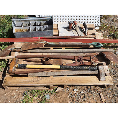 Lot 96 - Pallet of Assorted Tooling
