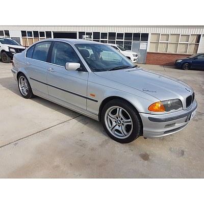 2/2000 BMW 323i 4d Sedan Silver 2.5L