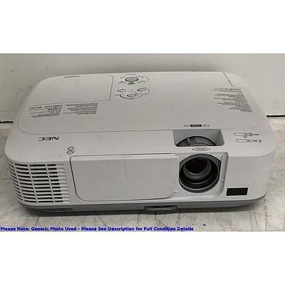 NEC (M300X) XGA 3LCD Projector