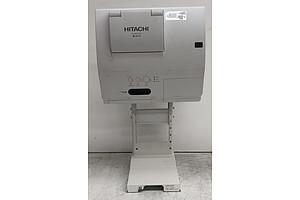 Hitachi (iPj-AW250N) WXGA 3LCD Projector