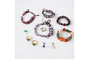Quantity of Hardstone Costume Jewellery