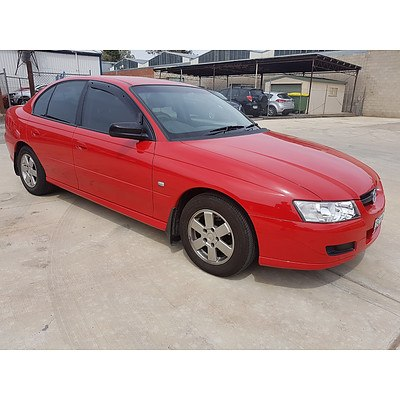 2/2006 Holden Commodore Executive VZ MY06 4d Sedan Red 3.6L