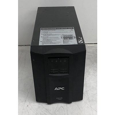 APC (SMT1500I) Smart-UPS 1500 1,000W Floorstanding UPS