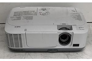 NEC (M230X) XGA LCD Projector