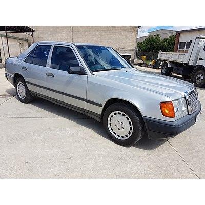 4/1988 Mercedes-Benz 300 E W124 4d Sedan Silver 3.0L
