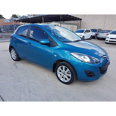 7/2014 Mazda Mazda2 NEO Sport DE MY14 5d Hatchback Blue 1.5L