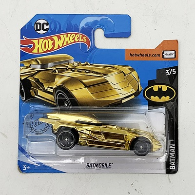 Hot Wheels Collection Model Car - Batman Gold Batmobile