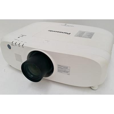 Panasonic PT-EW640 LCD Projector
