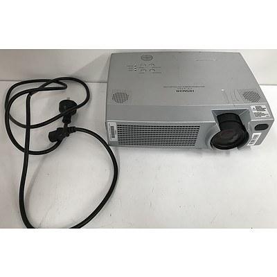 Hitachi CP-X385 XGA LCD Projector