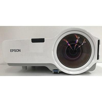 Epson H281B WXGA 3LCD Projector