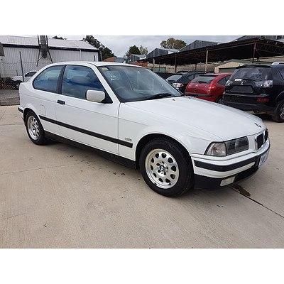 10/1998 BMW 316i  3d Hatchback White 1.6L