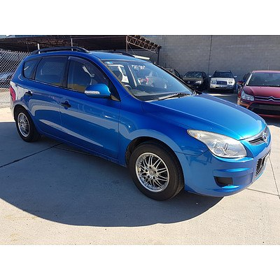3/2010 Hyundai I30 cw SX 2.0 FD MY10 4d Wagon Blue 2.0L