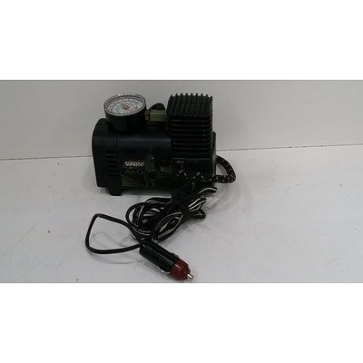 Small air compressor, cigarette lighter connection for inflating tyres