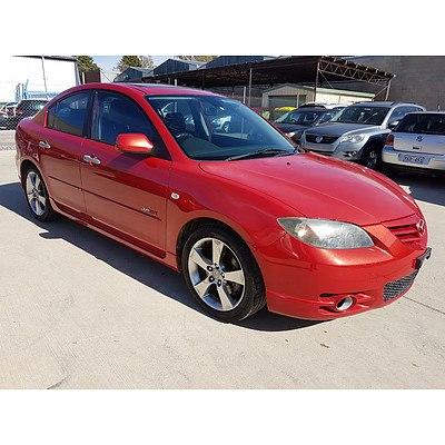 11/2005 Mazda Mazda3 SP23 BK 4d Sedan Red 2.3L