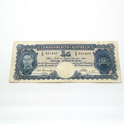 Commonwealth of Australia Coombs /Watts Five Pound Note S6351027