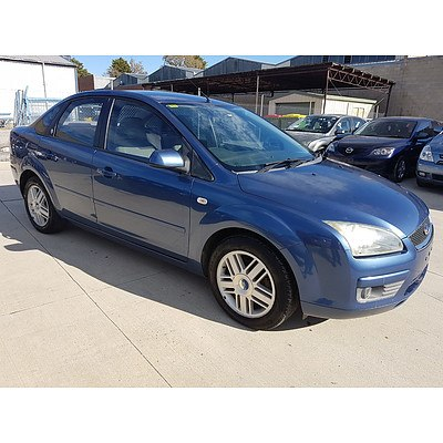 9/2005 Ford Focus GHIA LS 4d Sedan Blue 2.0L