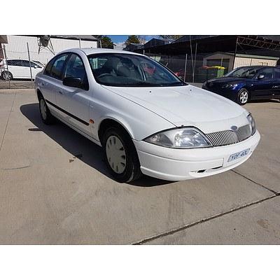 2/1999 Ford Falcon Forte AU 4d Sedan White 4.0L