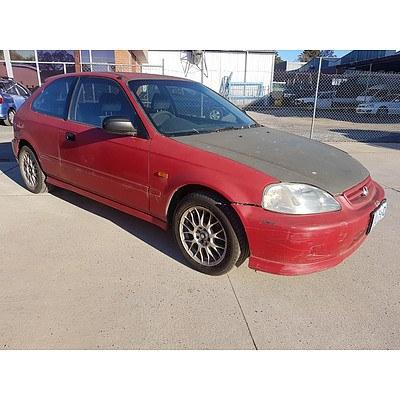 10/1999 Honda Civic CXi  3d Hatchback Red 1.6L