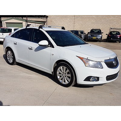 4/2013 Holden Cruze CDX JH MY13 4d Sedan White 2.0L