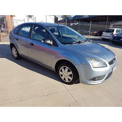 10/2008 Ford Focus CL LT 5d Hatchback Blue 2.0L