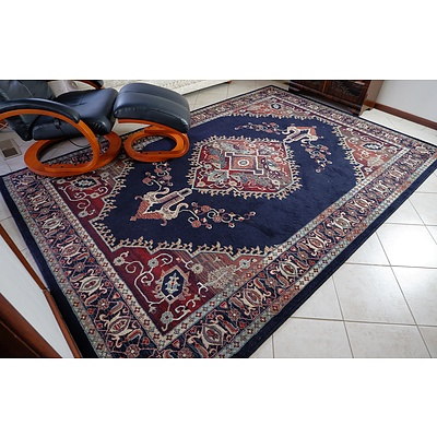 Turkish Royal Collection Wool and Acrylic Machine Woven Carpet