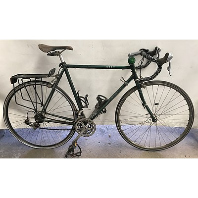 Giant Kronos Road Bike