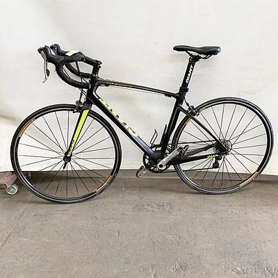 Giant Defy Composite Road Bike