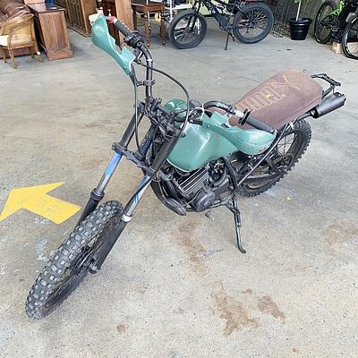 1988 Yamaha DT 175 Off Road Motor Bike