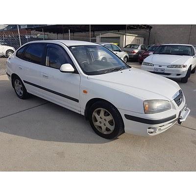 1/2006 Hyundai Elantra FX 2.0 HVT XD MY05 4d Sedan White 2.0L