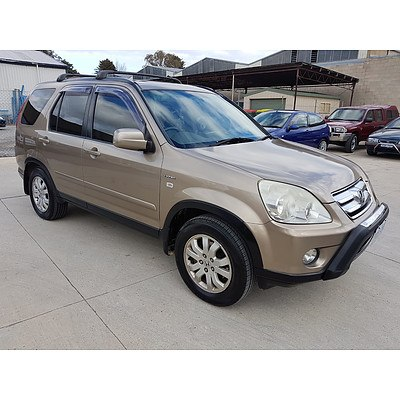 8/2006 Honda Crv (4x4) Sport 2005 UPGRADE 4d Wagon Gold 2.4L