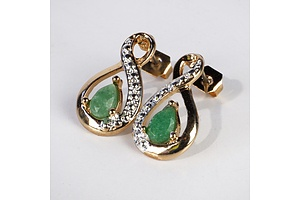 Emerald and Gold Metal Earrings