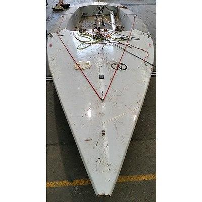 Contender IYRU Single Mast Sail Boat