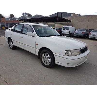 5/2000 Toyota Avalon VXi MCX10R 4d Sedan  3.0L