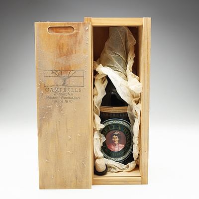 Campbells Isabella Rutherglen Tokay 750ml Bottle In Special Wooden Box