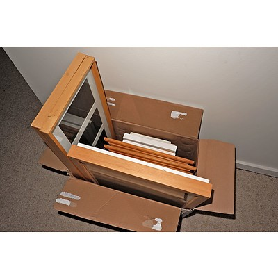 Box of Miscellaneous Picture Frames
