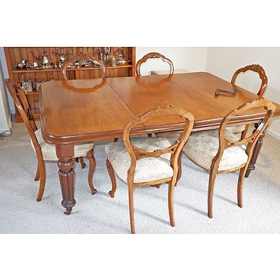Late Victorian Mahogany Extension Table with Six Victorian Walnut Balloon Back Chairs