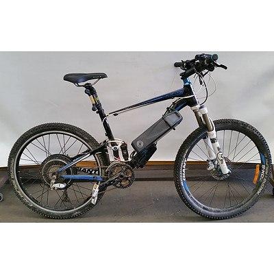 Giant Anthem 24 Speed Mountain Bike