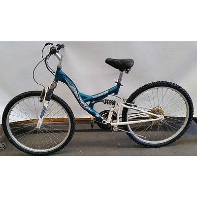 Huffy Ravine 24 Speed Mountain Bike