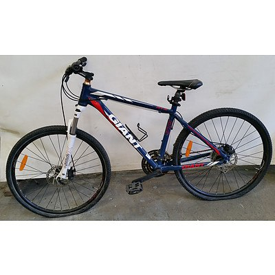 Giant ATX 24 Speed Mountain Bike