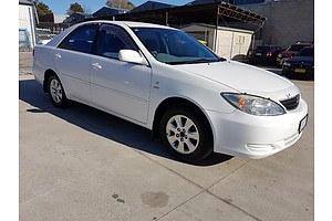 6/2004 Toyota Camry Ateva ACV36R 4d Sedan White 2.4L