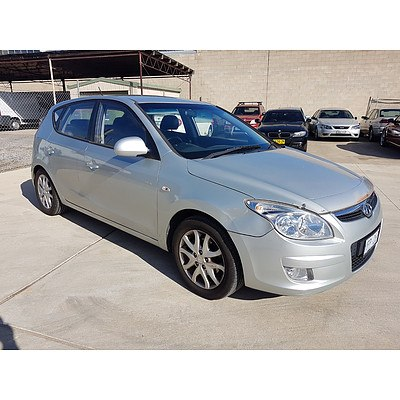 5/2008 Hyundai I30 SLX FD 5d Hatchback Silver 2.0L
