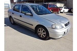 4/2005 Holden Astra Classic Equipe TS MY05 4d Sedan Silver 1.8L