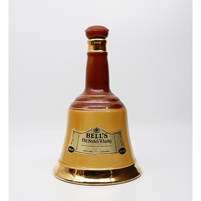 Bell's Old Scotch Whiskey 26.5 OZS