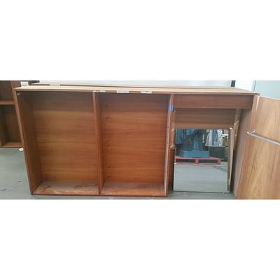 Shelving Hutch With Mirror Cabinet - Lot of Three