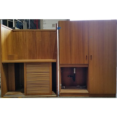 Storage Cabinet With Basin and Hutch