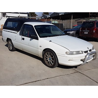 6/2000 Holden Commodore  VSIII Utility White 3.8L