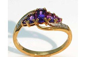 9Ct Gold Natural Amethyst & Diamond Ring