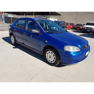8/2004 Holden Astra Classic TS 5d Hatchback Blue 1.8L