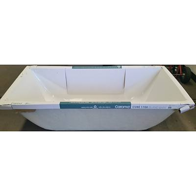 Caroma Cube 1700mm Island Bath Tub - Brand New - RRP $650.00