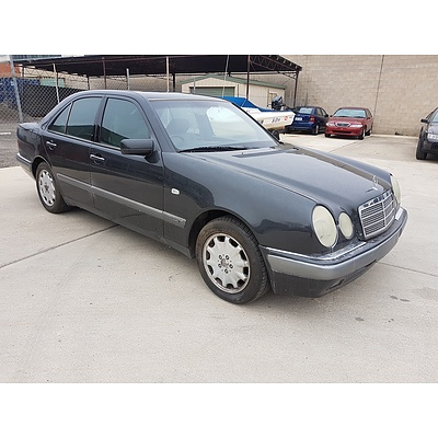 7/1996 Mercedes-Benz E320 Elegance W210 4d Sedan Grey 3.2L